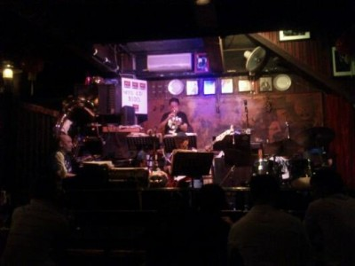 Last Stand Kelly Jazz in Hong Kong